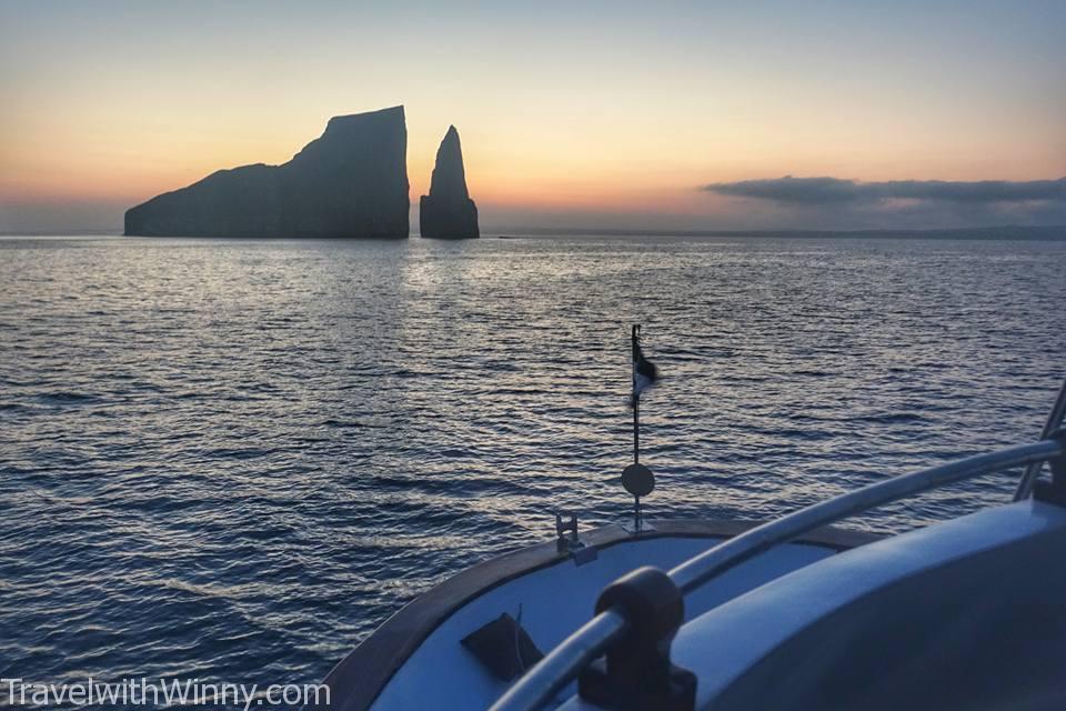 kicker rock galapagos snorkeling