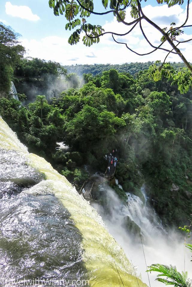waterfall 瀑布
