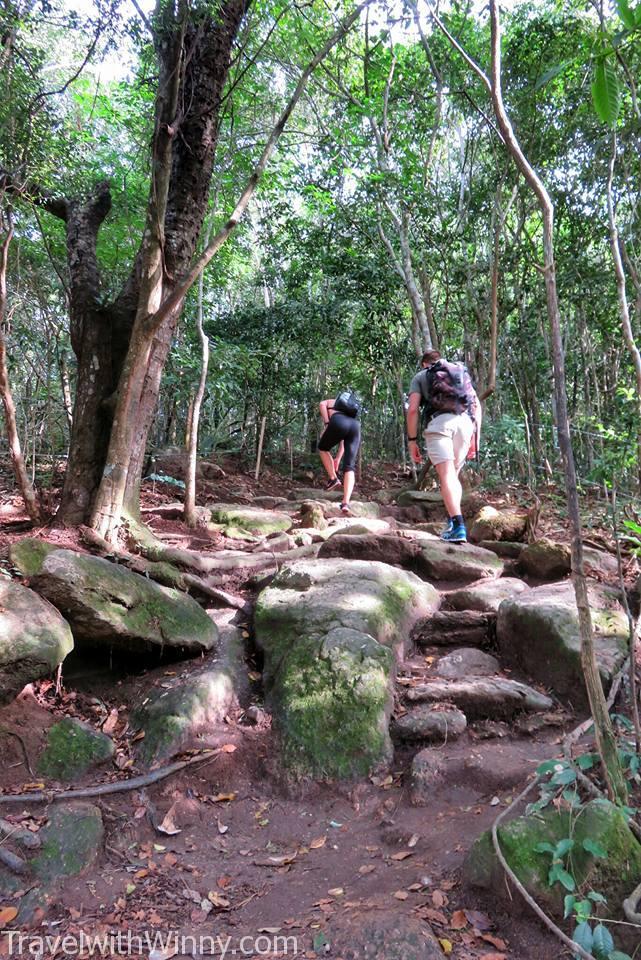 sugarloaf mountain trek