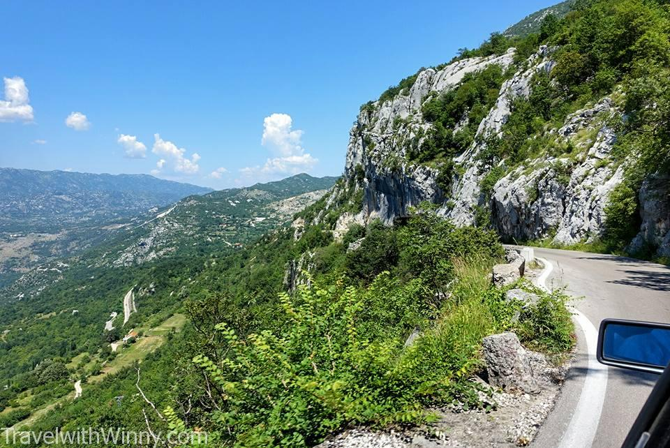 Driving in Montenegro, Montenegro mountain roads
