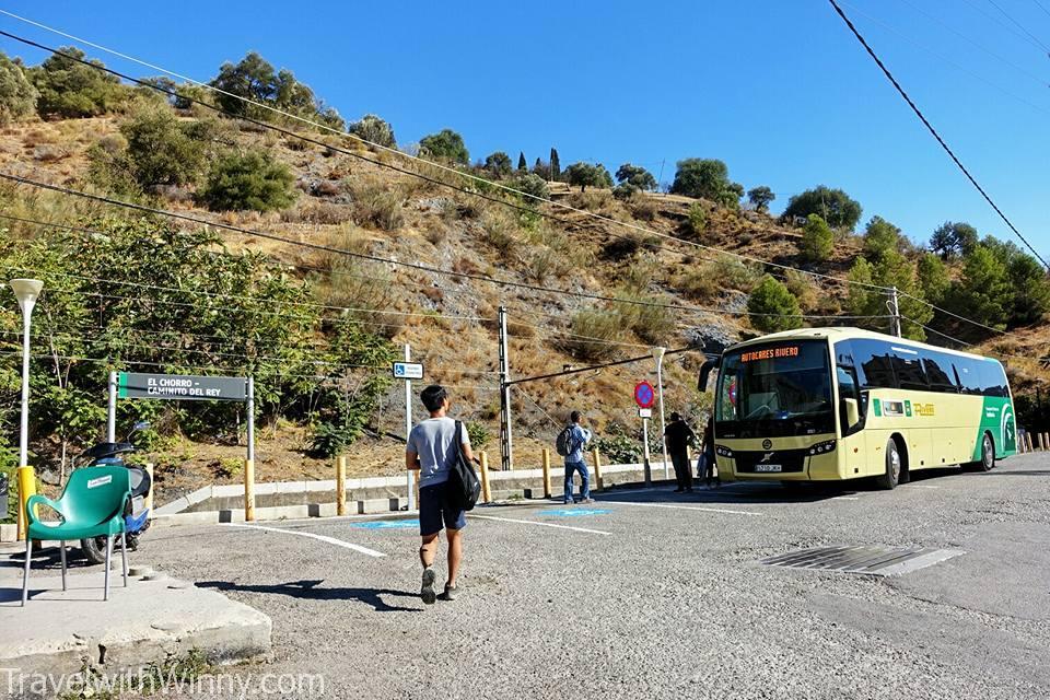 接駁車 Bus shuttle
