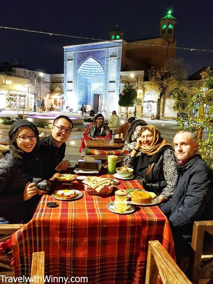 Vakil mosque 瓦基爾清真寺 Joulep Café & Restaurant