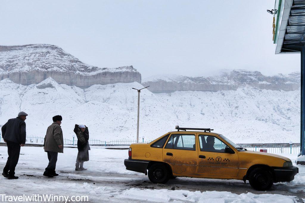 中亞交通 黃色 計程車