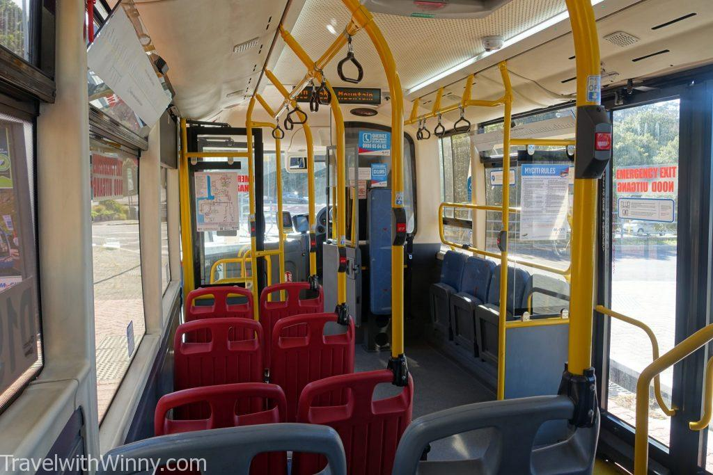 inside a bus 公車內部