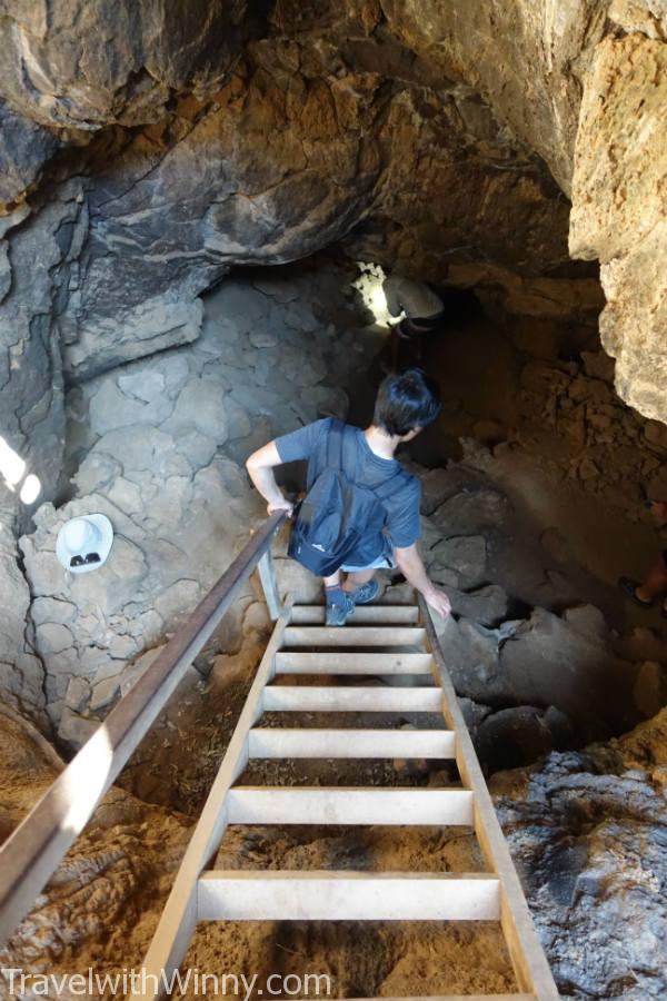 岩漿洞 lava cave