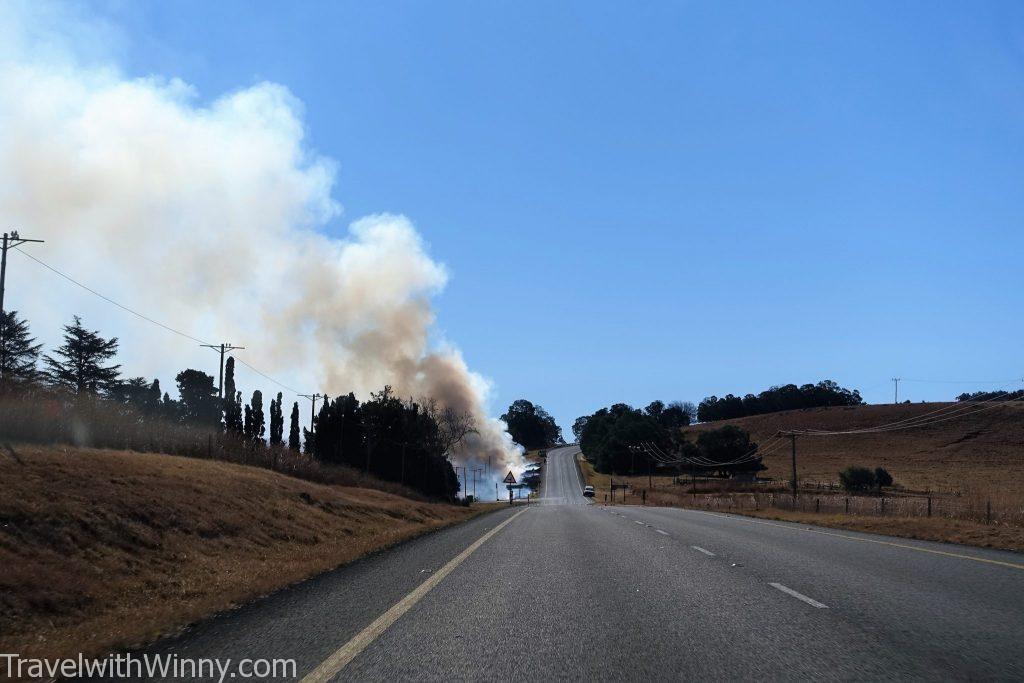 smoke road 公路 濃煙
