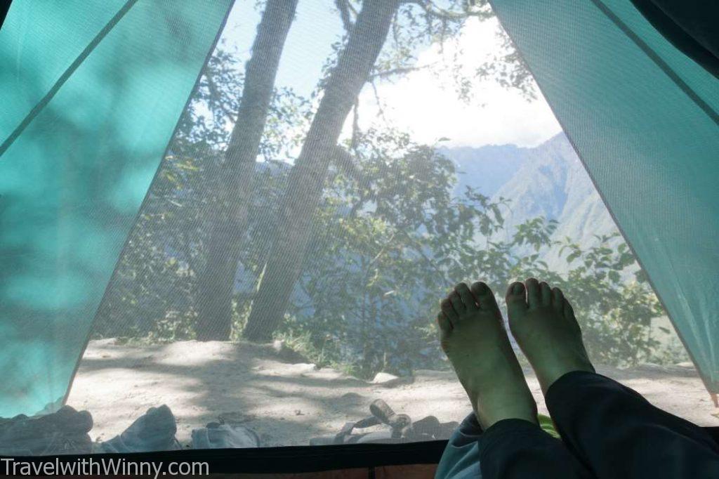 雙腳 feet