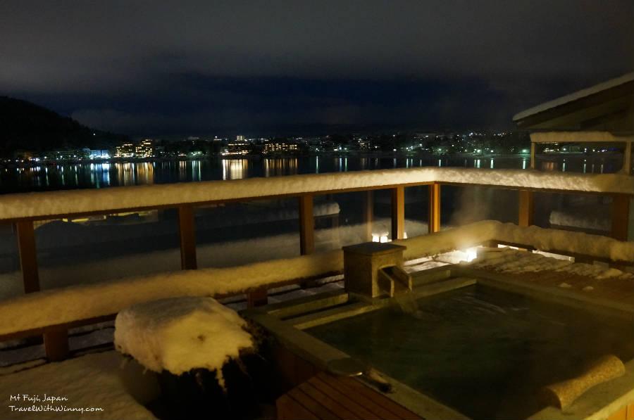 うぶや Fuji onsen spa 露天風呂 夜景