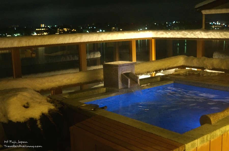 Fuji onsen spa 露天風呂 最美的富士山飯店
