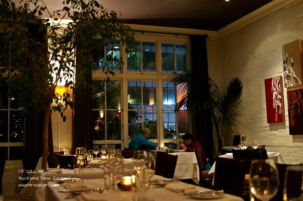Romantic atmosphere @ The Grove Restaurant
