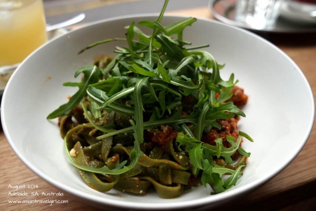 Fresh grain pasta with ragu di bologna